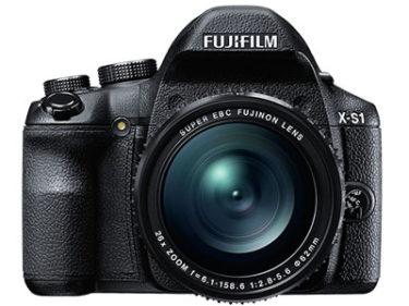 富士フイルムから「X-S10」が10月15日に発表される!?